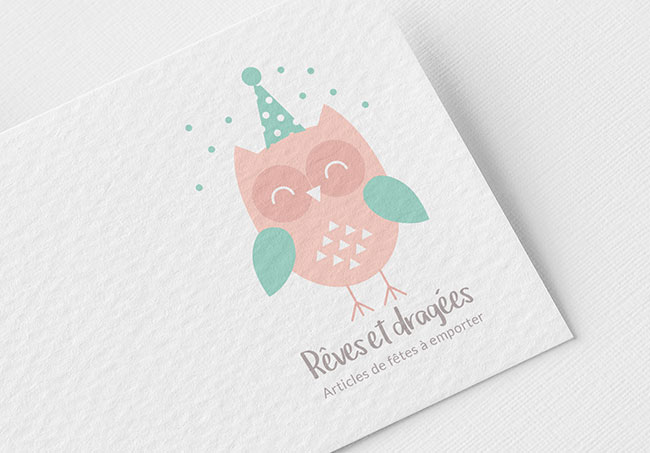 Logo Rêves et Dragées - Création de logos par Emilie Le Béhérec, graphiste freelance spécialisée dans le domaine de l'enfance